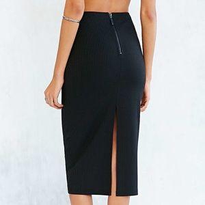 Silence + Noise Black Uni Ribbed Midi Skirt